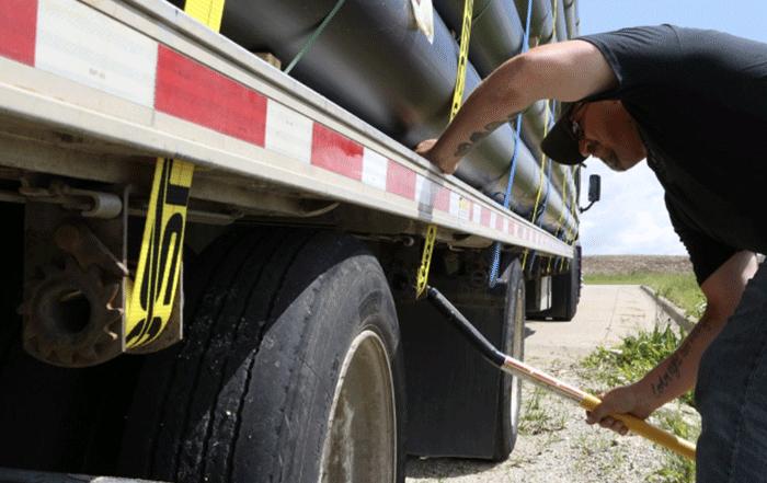 secure cargo trailer load